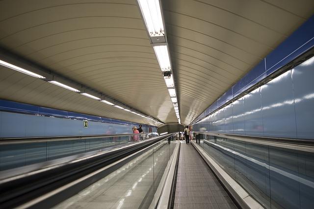 Usar el metro en Madrid (Guía para novatos)